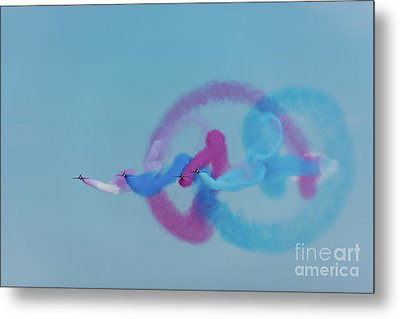 Metal Print featuring the photograph Red Arrows Gypo Swirls by Gary Eason