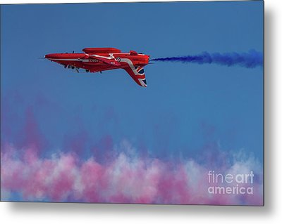 Metal Print featuring the photograph Red Arrows Hawk Inverted  by Gary Eason