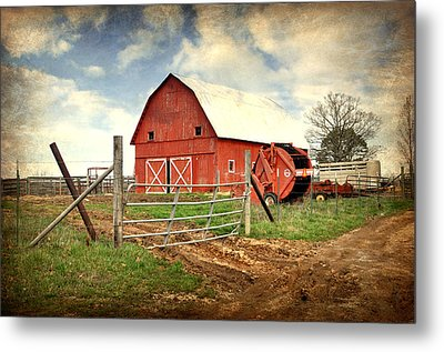 Red Barn Dent County Metal Print by Marty Koch