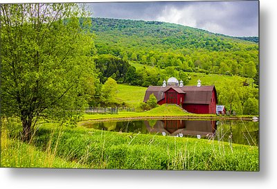 Metal Print featuring the photograph Red Barn In Green Mountains by Paula Porterfield-Izzo