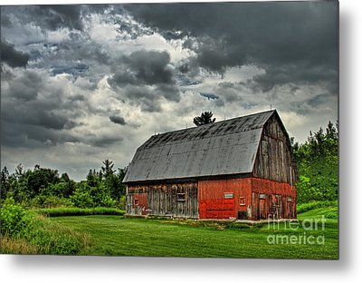 Red Barn Metal Print by Tim Wilson