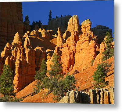 Red Rock Canoyon At Sunset Metal Print by Marty Koch