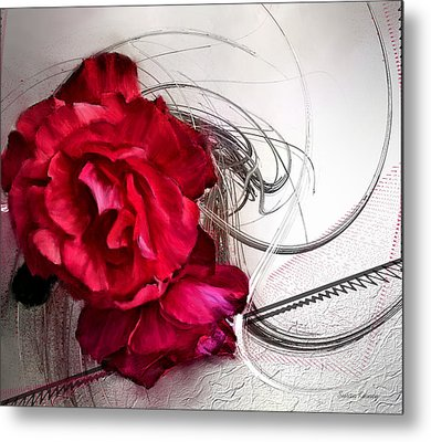 Red Roses Metal Print by Susan Kinney