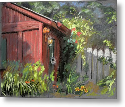 Red Shed Metal Print by Christopher Reid