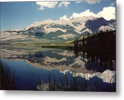 Reflection On Talbot Lake Metal Print by Shirley Sirois
