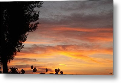 Reflections At The Close Of Day Metal Print by Glenn McCarthy Art and Photography