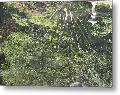 Metal Print featuring the photograph Reflections In The Japanese Gardens by Linda Geiger