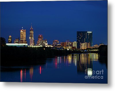 Metal Print featuring the photograph Reflections Of Indy - D009911 by Daniel Dempster