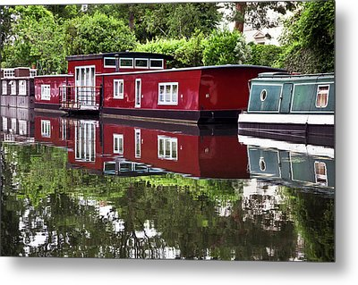 Metal Print featuring the photograph Regent Houseboats by Keith Armstrong