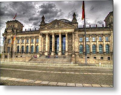 Reichstag Building  Metal Print by Jon Berghoff