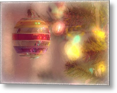 Metal Print featuring the photograph Relaxed Holiday by Christina Lihani