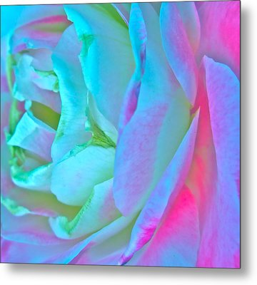 Restless Romantic Metal Print by Gwyn Newcombe