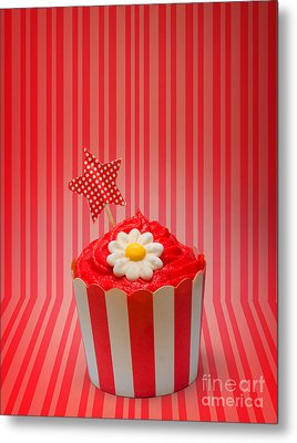 Retro Cupcake With Star And Flower Icing Metal Print by Jorgo Photography - Wall Art Gallery