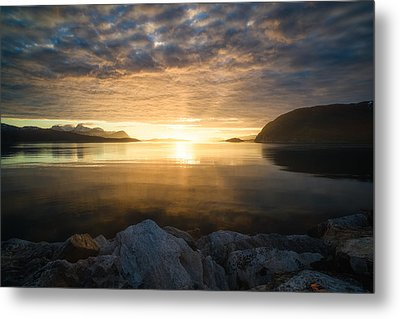Return Of The Sun Metal Print