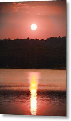 Ripples Of Sunset Metal Print by Daphne Sampson
