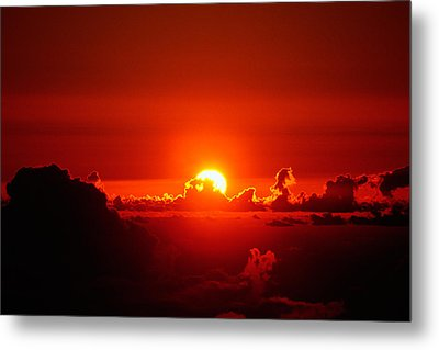 Metal Print featuring the photograph Rise And Shine by Gary Cloud