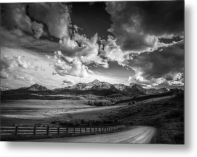Road To The Mountains Metal Print by Andrew Soundarajan