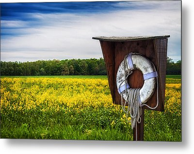 Roadside Assistance Metal Print by Tom Mc Nemar