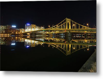 Roberto Clemente Bridge Metal Print by Jimmy Taaffe