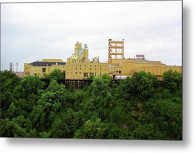 Metal Print featuring the photograph Rochester, Ny - Factory On A Hill by Frank Romeo