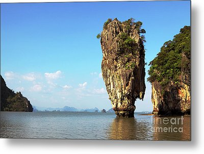 Rock Outcrops In Thailand Metal Print by Charline Xia