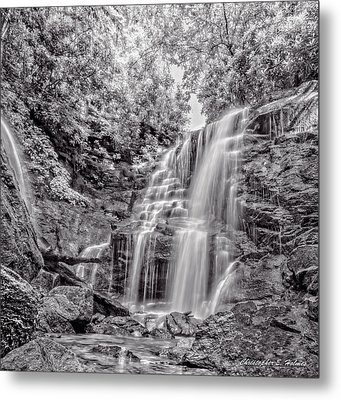 Rocky Falls - Bw Metal Print by Christopher Holmes
