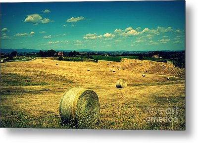 Rolling Fields Of Tuscany Metal Print