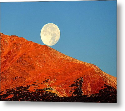 Rolling Moon Metal Print by Karen Shackles