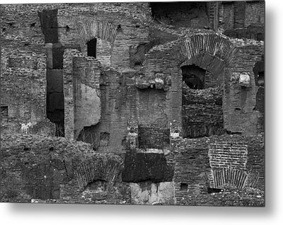 Metal Print featuring the photograph Roman Colosseum Bw by Silvia Bruno
