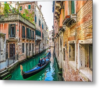 Romantic Gondola Scene On Canal In Venice Metal Print