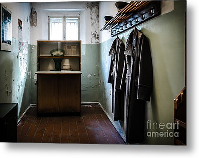 Room For The Kgb Prison Guards Metal Print by RicardMN Photography