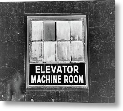Metal Print featuring the photograph Room by Robert Geary