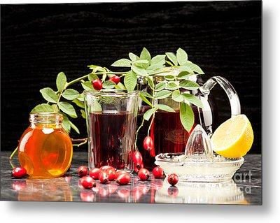 Rosehip Tea With Honey And Lemon In Glass Metal Print by Wolfgang Steiner