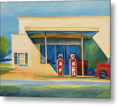 Round Rock Gas Station Metal Print by Janet Oh