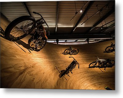 Metal Print featuring the photograph Rounding The Bend by Randy Scherkenbach