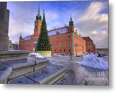Metal Print featuring the photograph Royal Castle by Juli Scalzi