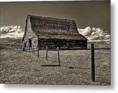 Rural Montana Barn In Sepia Metal Print by Mark Kiver