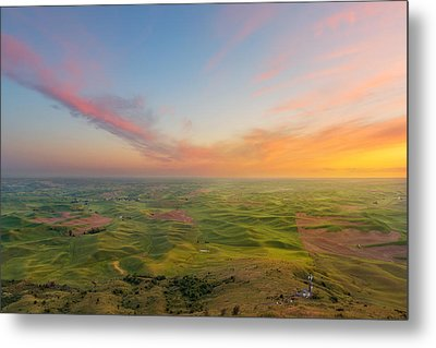 Metal Print featuring the photograph Rural Setting by Ryan Manuel