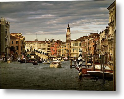 Rush Hour Venice Metal Print by John Hix