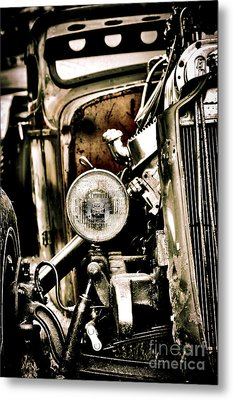 Rust And Power Metal Print by Tim Gainey