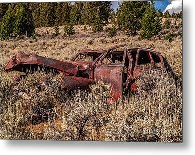 Rusty Automobile Metal Print by Sue Smith
