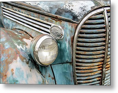 Rusty Ford 85 Truck Metal Print by David Lawson