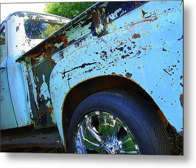 Rusty Truck With Shiny Rims Metal Print