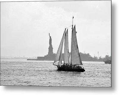 Sailing On The Hudson  Metal Print
