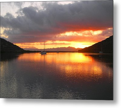 Sailboats At Sunrise In Puerto Escondido Metal Print by Anne Mott