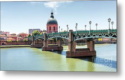 Saint-pierre Bridge In Toulouse Metal Print by Elena Elisseeva