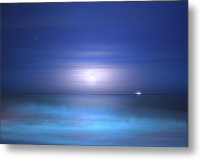 Metal Print featuring the photograph Salt Moon by Mark Andrew Thomas