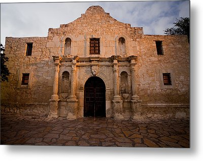 San Antonio Alamo At Sunrise Metal Print