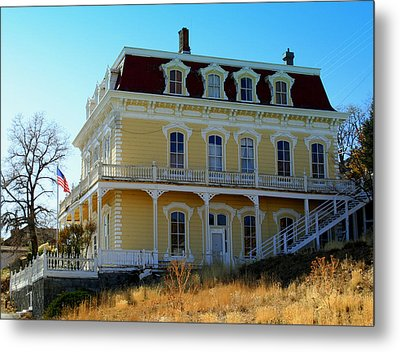 Metal Print featuring the photograph Savage Mansion by Lynn Bawden
