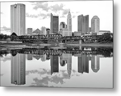 Metal Print featuring the photograph Scarlet And Columbus Gray by Frozen in Time Fine Art Photography